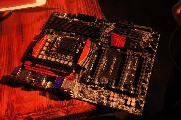Colorful iGame-Z170