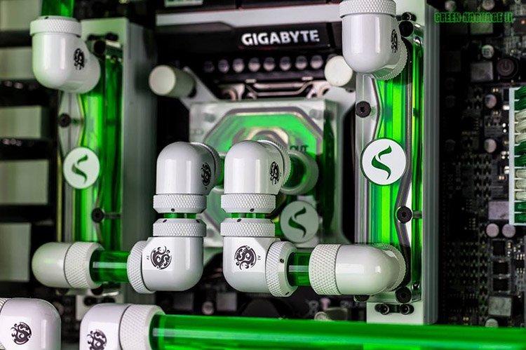 Snef Computer Design Green Carnage II 2