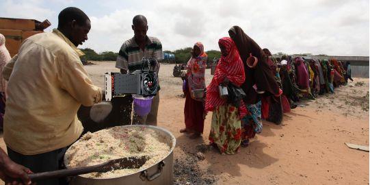 somalie-distribution-de-nourriture-a-hodan1