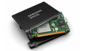 "Samsung PM1733 2.5"""