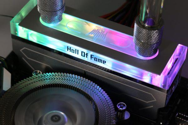 Le kit GALAX HOF OC LAB Water Cooling DDR4-4400 en édition limitée