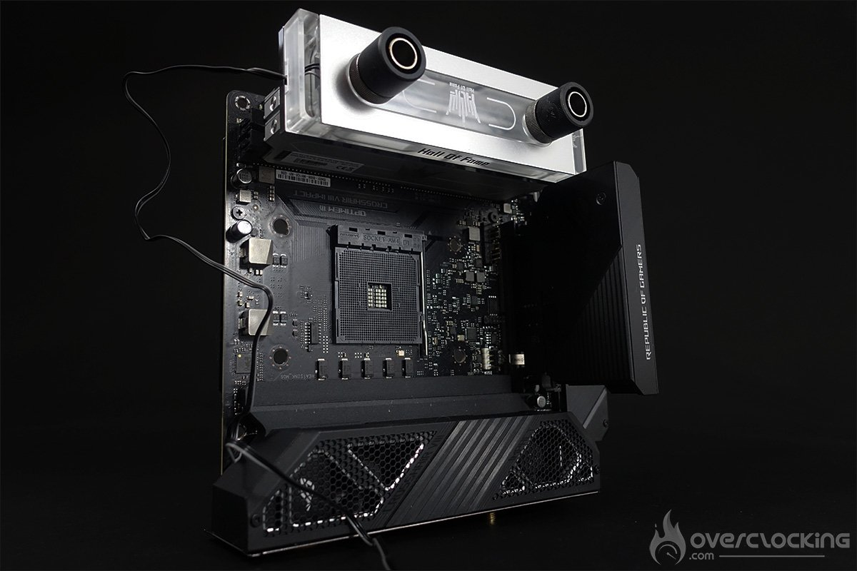 Le kit GALAX OC LAB DDR4-4400 water cooling