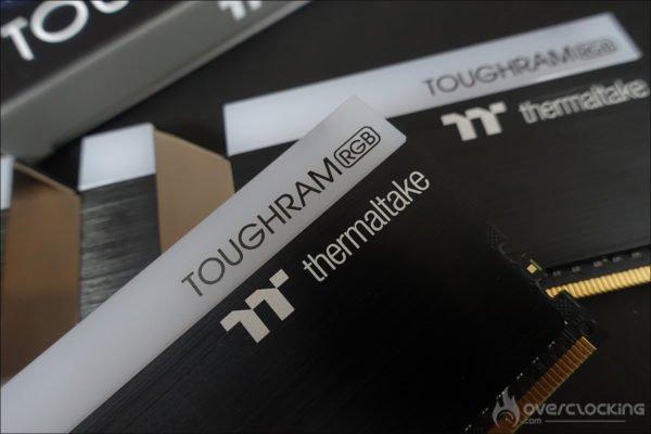 Thermaltake Toughram RGB 4600 CL19