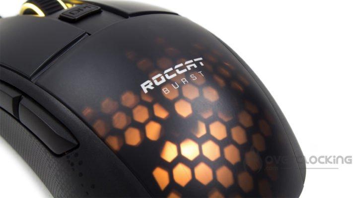 Roccat Burst Pro illuminée de ses LED RGB