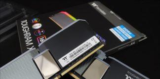 Kit mémoire Thermaltake Toughram XG RGB