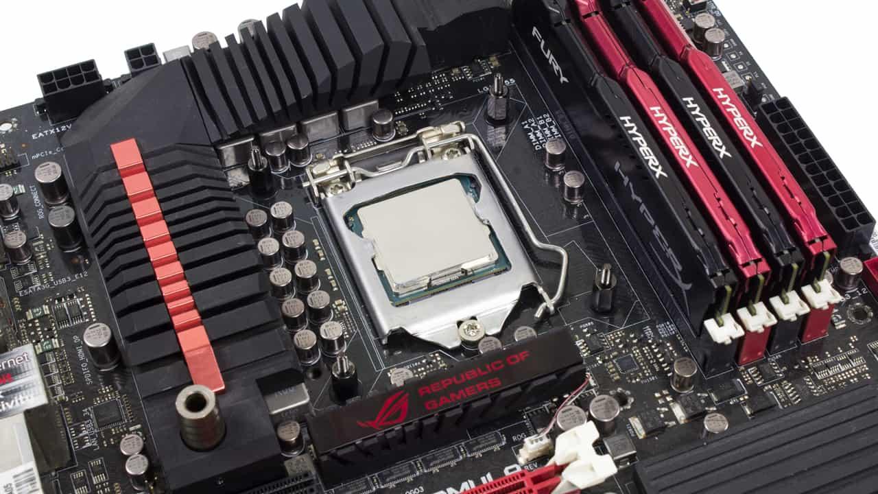 In Win SR36 Pro montage Intel/AMD